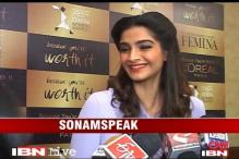 I am too young for item numbers: Sonam Kapoor