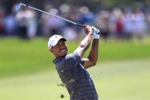 Tiger Woods takes 1-shot lead at Bay Hill