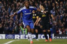 Battling Chelsea stun Barcelona 1-0 in first leg