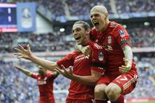 Carroll header sends Liverpool into FA Cup final