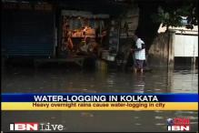 Kolkata: Heavy showers cause water-logging
