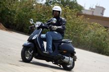 Review: The Piaggio Vespa scooter