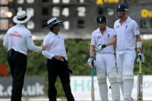 Pietersen warned twice for changing stance