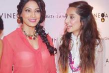 StarGaze: Bipasha spotted, 'Kahaani' video launch & more