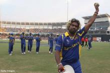 Malinga in Sri Lankan central contract list