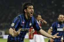 Milito hat-trick seals Milan derby for Inter