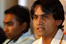 No clear favourites in SL-Pak series: Hafeez