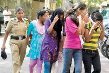 Mumbai: Police take revenge on girls