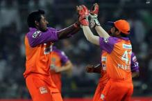 RCB sign Parameswaran to replace Aravind