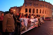 Rome: Hundreds protest for 2 marines held in India