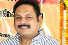 Kandireega director complains against Bellamkonda