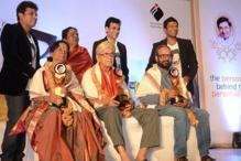 PB Srinivas gets Dr Rajakumar Souhardha award
