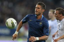 Arsenal chase to sign France striker Giroud