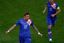 Mandzukic double fires Croatia past Ireland