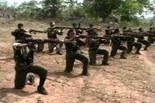 Maoists blast rail tracks in Jharkhand