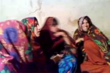 Pak probes whether women killed for clapping