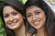 Engineer- Economist  duo in 'Padhe Padhe'
