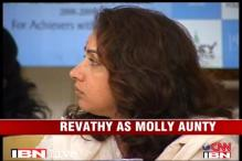Actor Revathy to return with 'Molly Aunty Rocks'