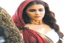 Video: Arya, Prithviraj Thank The Press For 'Urumi'