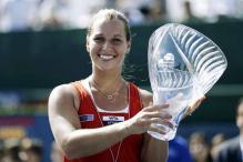 Cibulkova beats Bartoli to win Carlsbad Open