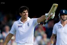 Cook ton gives England the advantage on Day 1