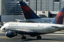 FBI investigates needles in airplane sandwiches