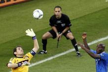 Spain win a personal milestone for Casillas
