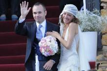 Iniesta caps Euro 2012 win week with wedding