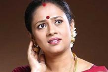 Tamil actress Lakshmi glad with Govt officials
