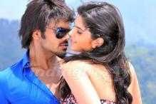 Telugu Friday: 'Onamalu' vs 'Uu Kodathara Ulikki Padathara'