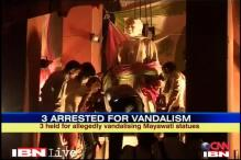 UP: Damaged Mayawati statue replaced overnight