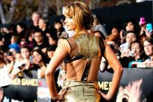 Hollywood hits bull's eye for archery