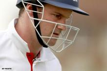 Andrew Strauss quits competitive cricket