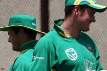 Smith pays tribute to Boucher