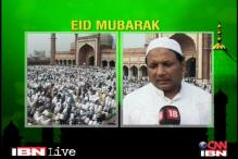 Eid: Muslims in Delhi pray for peace and calm