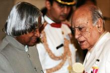 AK Hangal: 10  film scenes to remember him by