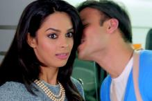 'KLPD' First Look: Vivek, Mallika's crazy night in Delhi