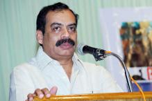 Puthiya Theerangal: Nedumudi, Namitha play the lead
