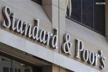 S&P cuts Greek outlook to 'negative'