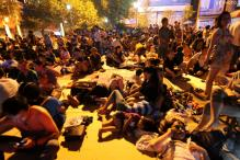 80 dead in China quakes, rescue efforts hampered