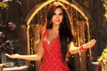 Public wants to see beautiful girls: Esha Gupta