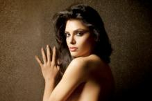 Sherlyn Chopra posts porn images on Twitter, trends