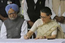 Cabinet reshuffle on cards as TMC ministers quit UPA