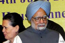 Sonia takes charge, gets Cong to back PM on reforms