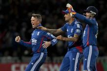 3rd T20: Eng beat SA by 28 runs to square series