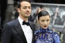 Rupert Sanders' wife spotted with a mystery man