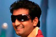 Santhanam turns singer with 'KLTA'