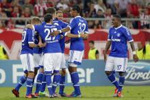 Schalke beat Olympiakos, Malaga overcome Zenit