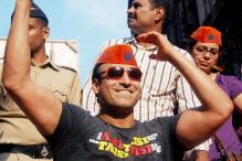 In pics: Vivek Oberoi having the time of his life at Ganpati visarjan