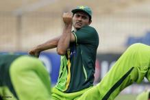 Razzaq in trouble over Hafeez criticism